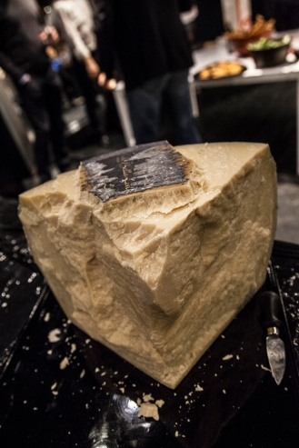 Raspadura Lodi cheese