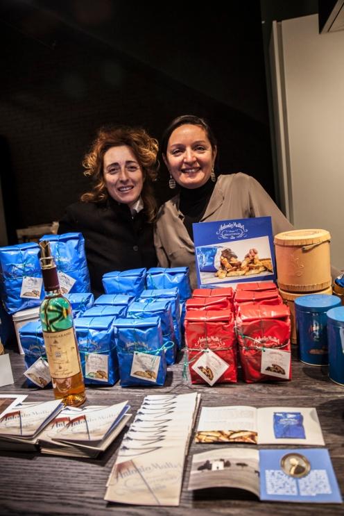Betta Pandolfini e Angela, Biscottificio Antonio Mattei